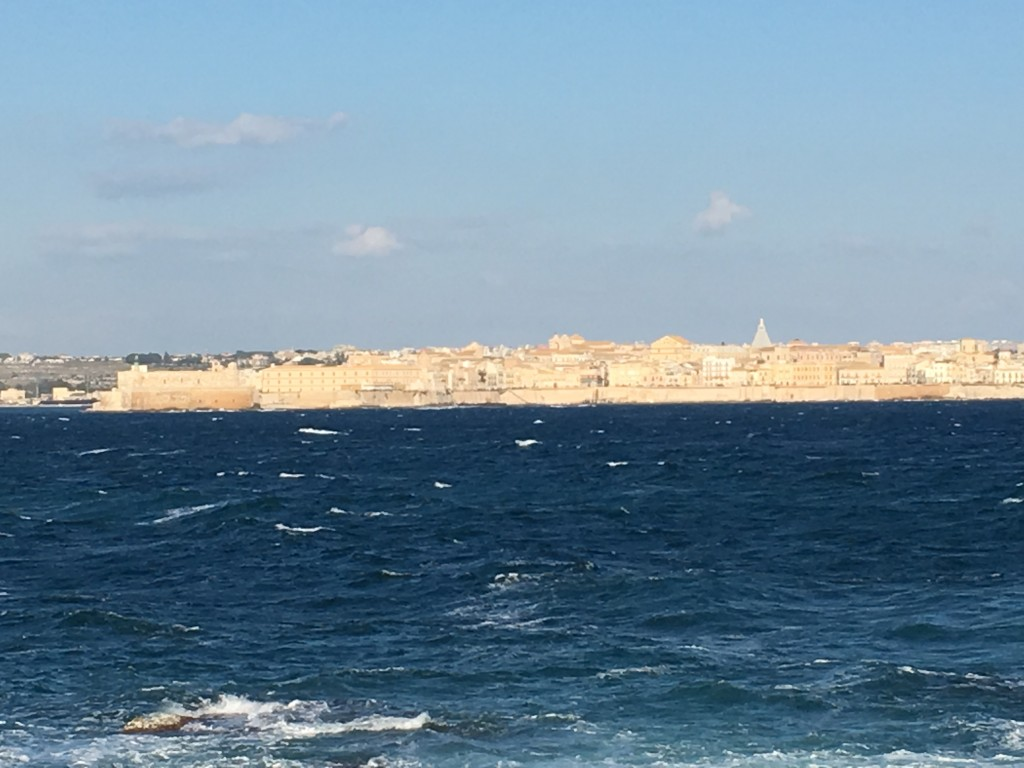 Looking back to Siracusa