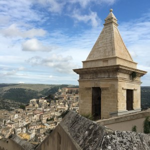 Ragusa - about halfway up!